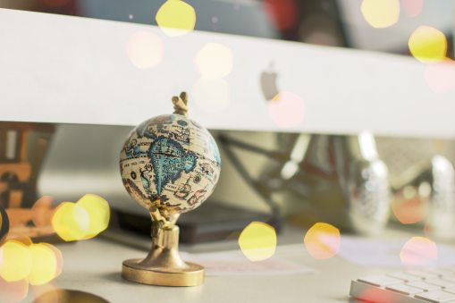 bokeh-decoration-desk-819087